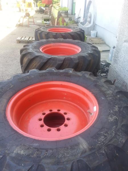 Комплект гуми + джанти 500/70R24 MICHELIN